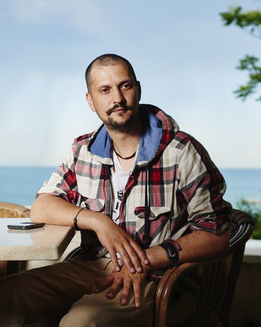 ANDREI CHIVU is an activist, ecologist and Architect.  ANDREI CHIVU est un activiste, écologiste, et architect.